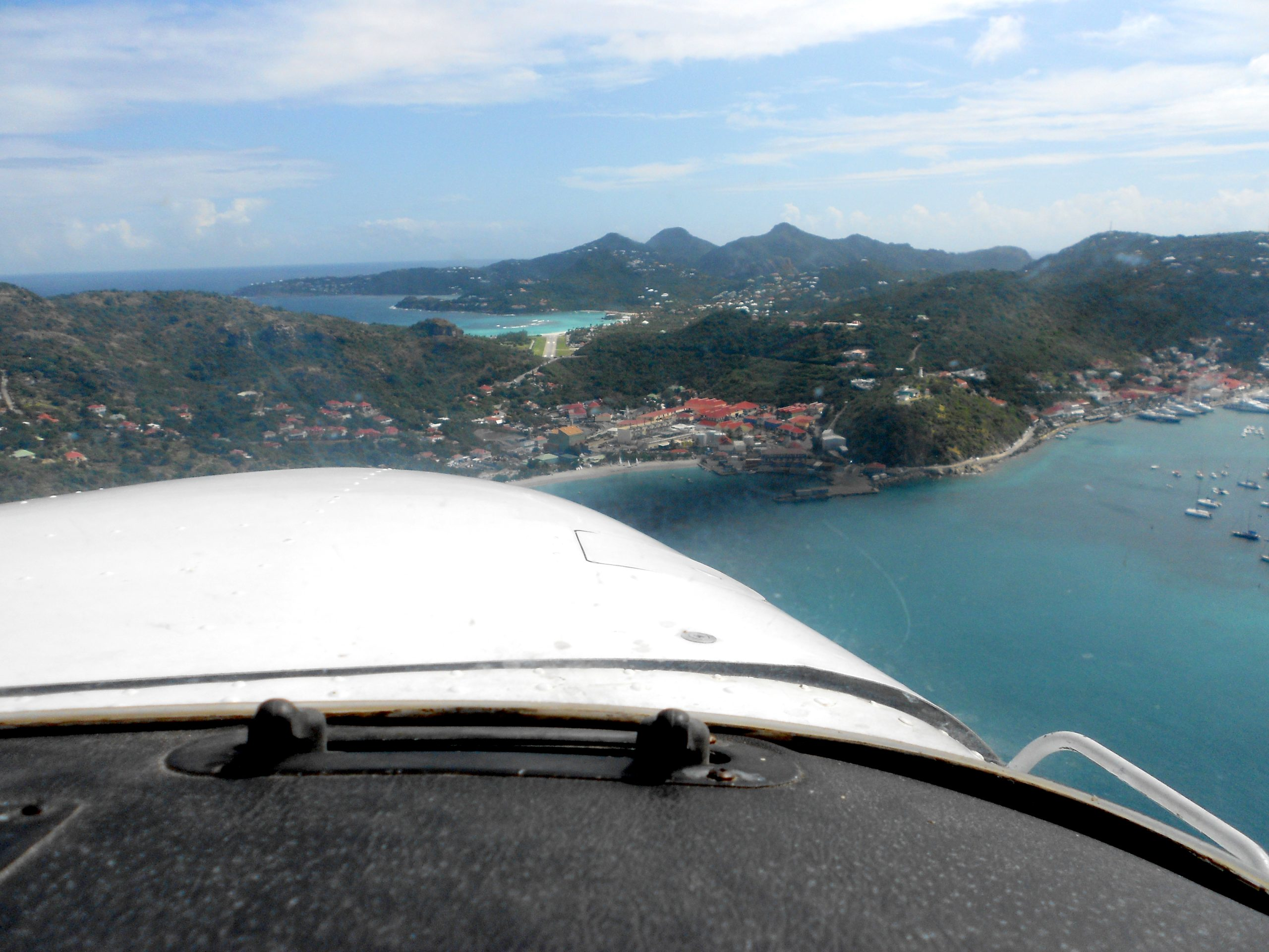 On glideslope at St Barts